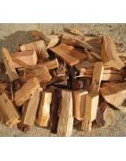 Astillas y piñas para encendido de chimenea al mejor precio